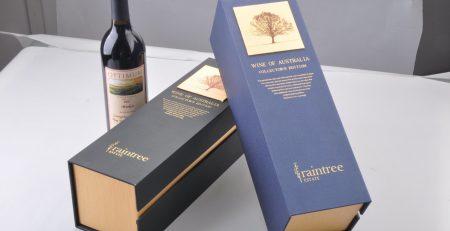 Hộp đựng rượu thể hiện sự chuyên nghiệp, khẳng định thương hiệu của doanh nghiệp